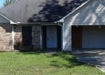 Foreclosed Home in Geismar 70734 HIDDEN POINT DR - Property ID: 3826111653