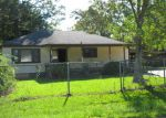 Foreclosed Home in Baton Rouge 70811 BROWNFIELDS DR - Property ID: 3828202537