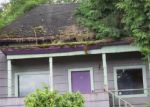 Foreclosed Home in Oregon City 97045 MONROE ST - Property ID: 3829110904