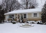 Foreclosed Home in Elgin 60120 ALGONQUIN DR - Property ID: 3831101937