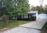 Foreclosed Home in Racine 53404 STONEBRIDGE DR - Property ID: 3832569576