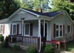 Foreclosed Home in Waverly 37185 PARKER AVE - Property ID: 3833187112