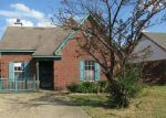 Foreclosed Home in Horn Lake 38637 FOXHALL DR - Property ID: 3833864670
