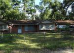 Foreclosed Home in Lufkin 75904 ROLLINGWOOD DR - Property ID: 3834447167