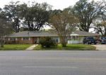 Foreclosed Home in Carthage 75633 N BIRD DR - Property ID: 3834553601