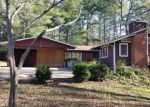 Foreclosed Home in Franklin 28734 LAKESHORE DR - Property ID: 3836160977