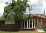Foreclosed Home in Dearborn Heights 48127 KINLOCH ST - Property ID: 3837685557