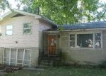 Foreclosed Home in Decatur 62521 E HENDRIX ST - Property ID: 3838752454