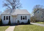Foreclosed Home in Hamden 06518 WILLARD ST - Property ID: 3839136563