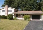 Foreclosed Home in Rochester 14624 DAUNTON DR - Property ID: 3839580224