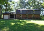 Foreclosed Home in Iuka 62849 IUKA RD - Property ID: 3844045820