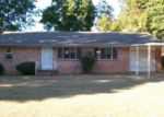 Foreclosed Home in Fort Smith 72908 CEDAR LN - Property ID: 3847744949
