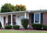 Foreclosed Home in Florissant 63031 ANNILO DR - Property ID: 3848003339