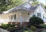 Foreclosed Home in Shelbyville 37160 HILLTOP DR - Property ID: 3848323955