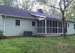 Foreclosed Home in Clarkesville 30523 TOM BORN RD - Property ID: 3849396542