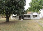 Foreclosed Home in Texarkana 71854 BEECH ST - Property ID: 3851984529
