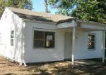 Foreclosed Home in Birmingham 35211 14TH ST SW - Property ID: 3852650690