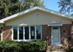 Foreclosed Home in Chicago Heights 60411 WILLOW DR - Property ID: 3853308971