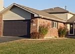 Foreclosed Home in Oswego 60543 WOODCHUCK TRL - Property ID: 3853345304