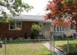 Foreclosed Home in Elmont 11003 1ST ST - Property ID: 3854290908