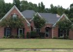 Foreclosed Home in Cordova 38018 RIVER MEADOW DR - Property ID: 3854614560
