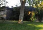 Foreclosed Home in Beaumont 77707 EMBER LN - Property ID: 3855412550