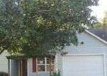 Foreclosed Home in Hubert 28539 RIGGS RD - Property ID: 3855458987