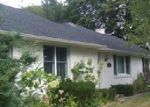 Foreclosed Home in Swansea 02777 MOUNT FAIR CIR - Property ID: 3855620589