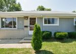 Foreclosed Home in Racine 53404 DONNA AVE - Property ID: 3856106741