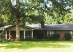 Foreclosed Home in Gadsden 35901 COUNTRY CLUB DR - Property ID: 3856299895