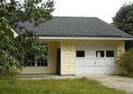 Foreclosed Home in New Bern 28560 RIVERSHORE DR - Property ID: 3856384862