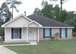 Foreclosed Home in Slidell 70460 BEAU CHENES DR - Property ID: 3856820190