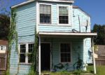 Foreclosed Home in Beaumont 77702 NORTH ST - Property ID: 3857058904