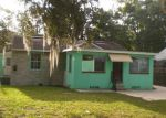 Foreclosed Home in Jacksonville 32208 WAKEFIELD AVE - Property ID: 3858331200