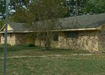 Foreclosed Home in Lufkin 75901 LAKEWIND DR - Property ID: 3858457342