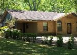 Foreclosed Home in Memphis 38128 OAKCREST AVE - Property ID: 3859564544