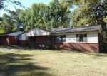 Foreclosed Home in Memphis 38127 MCKELL DR - Property ID: 3859607461