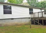 Foreclosed Home in Crossville 38555 HILLTOP DR - Property ID: 3859792286
