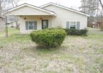 Foreclosed Home in Tullahoma 37388 W HICKORY ST - Property ID: 3859804107