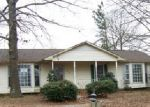 Foreclosed Home in Lawrenceburg 38464 TREETOP TRL - Property ID: 3859960473