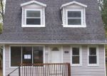 Foreclosed Home in Highland 48356 LOMBARDY - Property ID: 3862064948