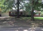 Foreclosed Home in Jonesboro 72401 WILMAR CIR - Property ID: 3864663432