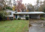 Foreclosed Home in Cornelia 30531 LAKEVIEW HEIGHTS CIR - Property ID: 3866257217