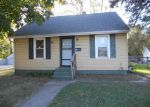 Foreclosed Home in Davenport 52802 S ROLFF ST - Property ID: 3866285699