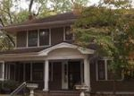 Foreclosed Home in Kansas City 64113 WALNUT ST - Property ID: 3866701324