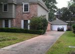Foreclosed Home in Houston 77066 FORESTHAVEN DR - Property ID: 3867809404