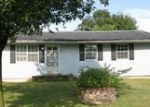 Foreclosed Home in Shelbyville 40065 JUNIPER DR - Property ID: 3868232931