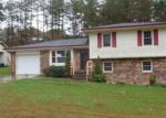 Foreclosed Home in Middlesboro 40965 YORKSHIRE CT - Property ID: 3868252186
