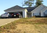 Foreclosed Home in Newnan 30263 CARTHEDGE TRCE - Property ID: 3868700239