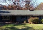 Foreclosed Home in Lynchburg 24502 LISA PL - Property ID: 3869372536